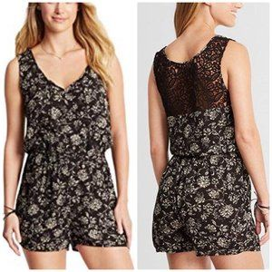 Cape Juby floral rayon and lace romper size small